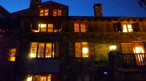 façana Eller de nit