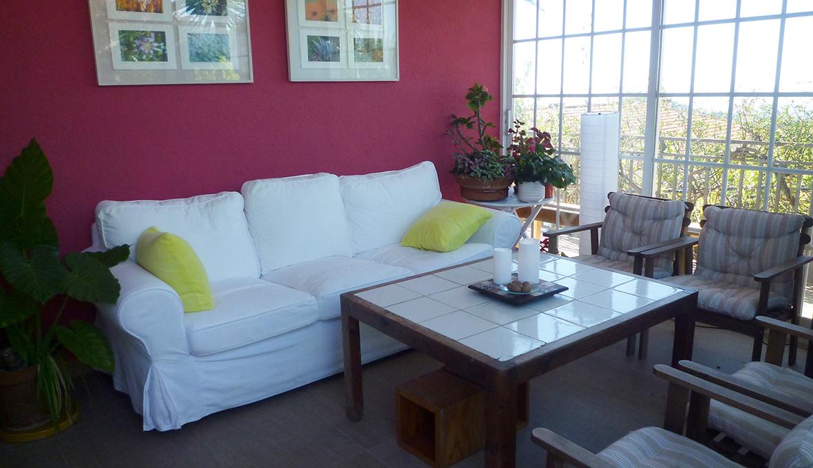 sofa invernadero CSIS